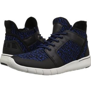 🆕 GBX Attaboy Sneaker Black/Blue Fly Knit